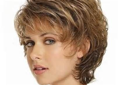 Short Haircuts For Women Over 50 With Thick Wavy Hair Hairstyles Short Curly Hairstyles For Women Short Wavy Hair