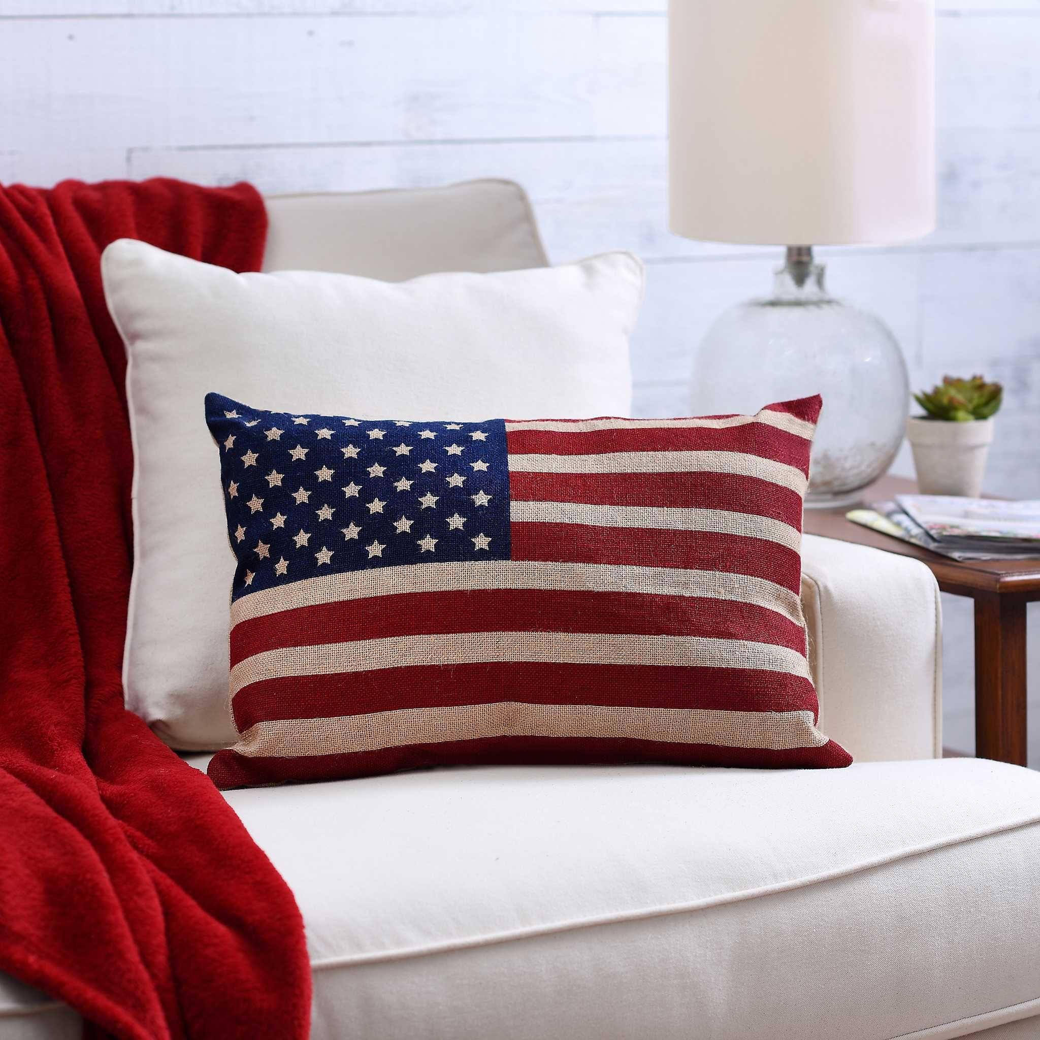 Burlap Flag Pillow In 2020 Pillows Burlap Flag Patriotic Decorations