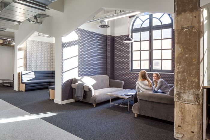 Office Tour Zoopla Offices London With Images Office Design Office Interiors Interior Design