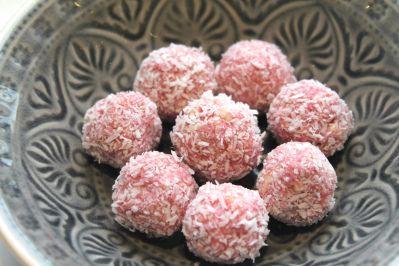 Kleine Geschenke: Granatapfel-Pralinen #konfektjul