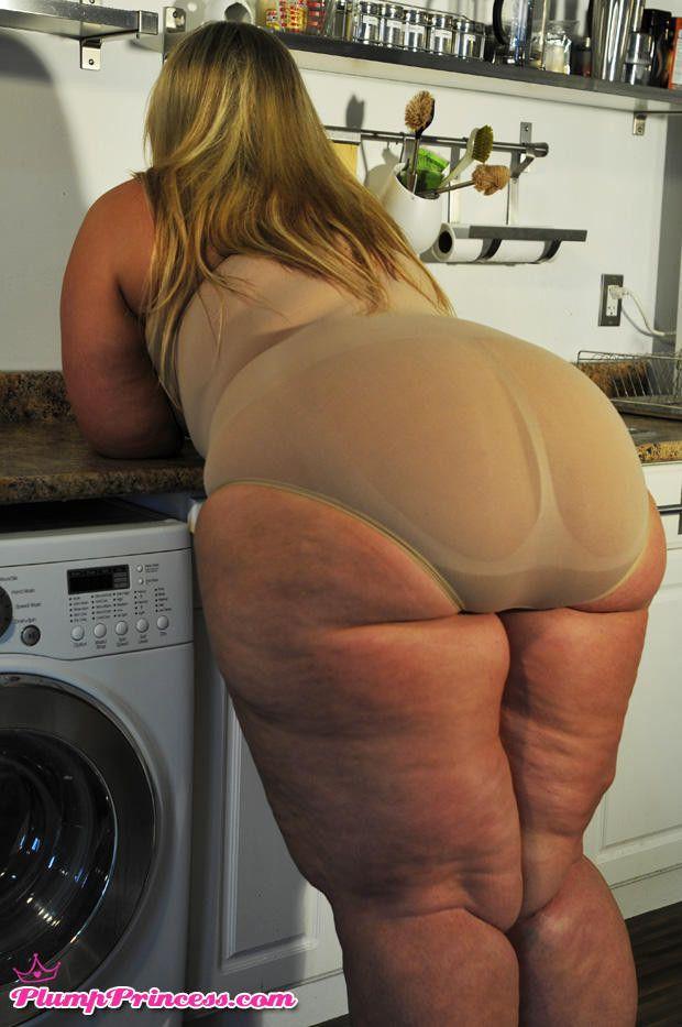 Pumpkin booty bbw bending over