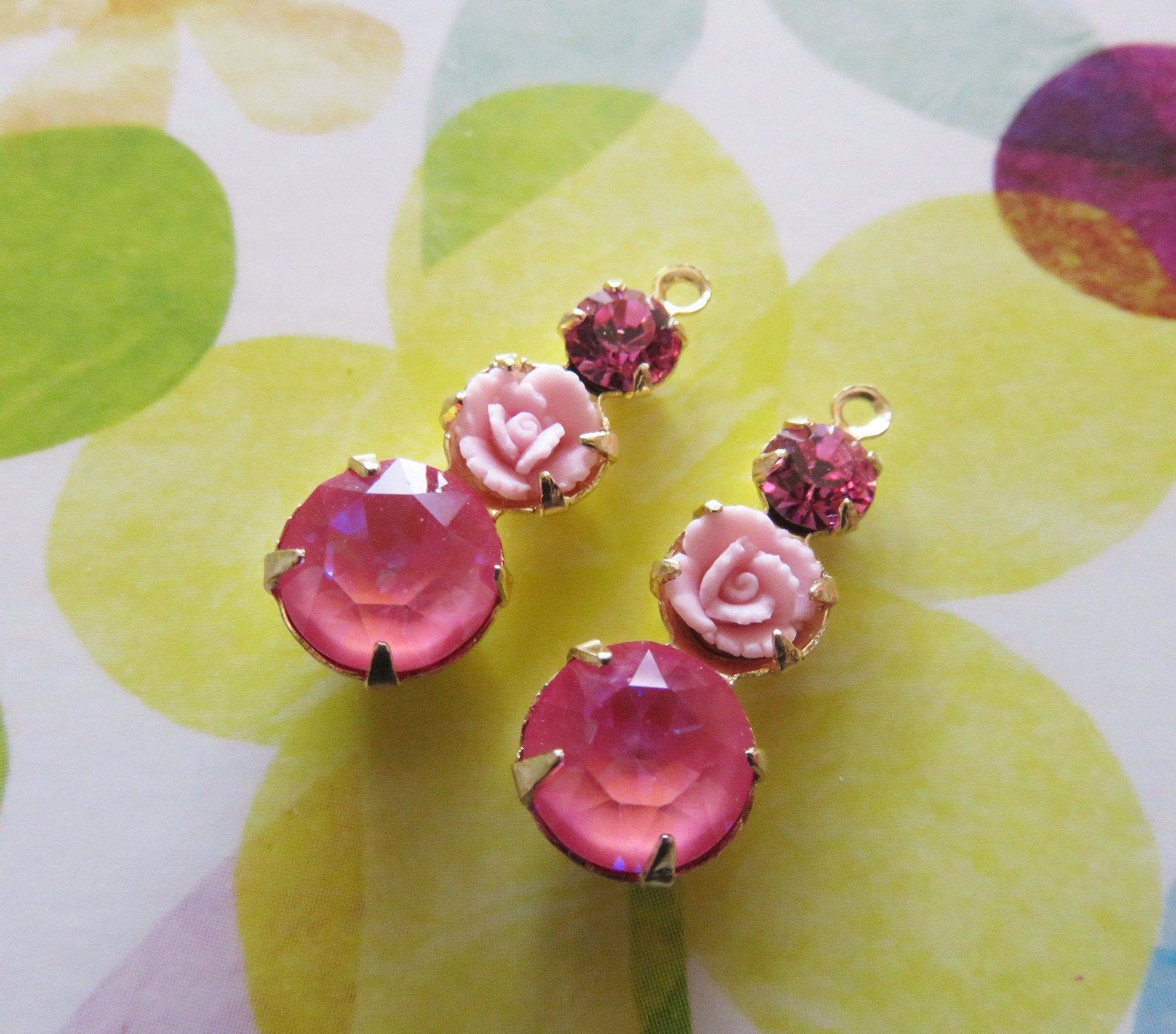 Pretty Vintage Crystal Charms, Triple Set Stones, Vintage Rhinestones Swarovski Pink Porcelain Rose Earrings Dangle Settings Charms DIY #vintagerhinestone