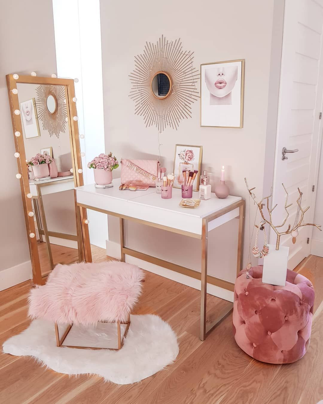 Cute House Ideas Pink And Gold Vanity Corner Gold Bedroom Decor