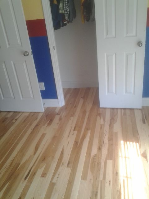 2 1 4 Micro V Character Grade Hickory Hardwood Floor With Semi Gloss Finish Flooring Hardwood Floors Hickory Hardwood Floors
