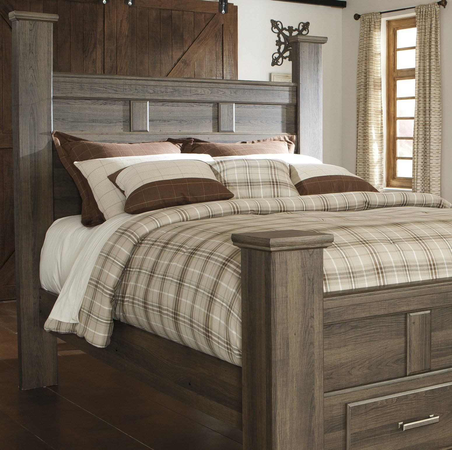 Juararoy Casual Dark Brown Color Replicated Roughsawn Oak Bed Room