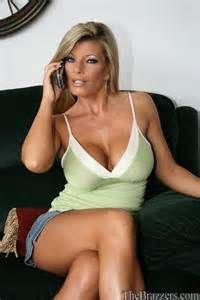 Jennifer stone posing nude on the balcony