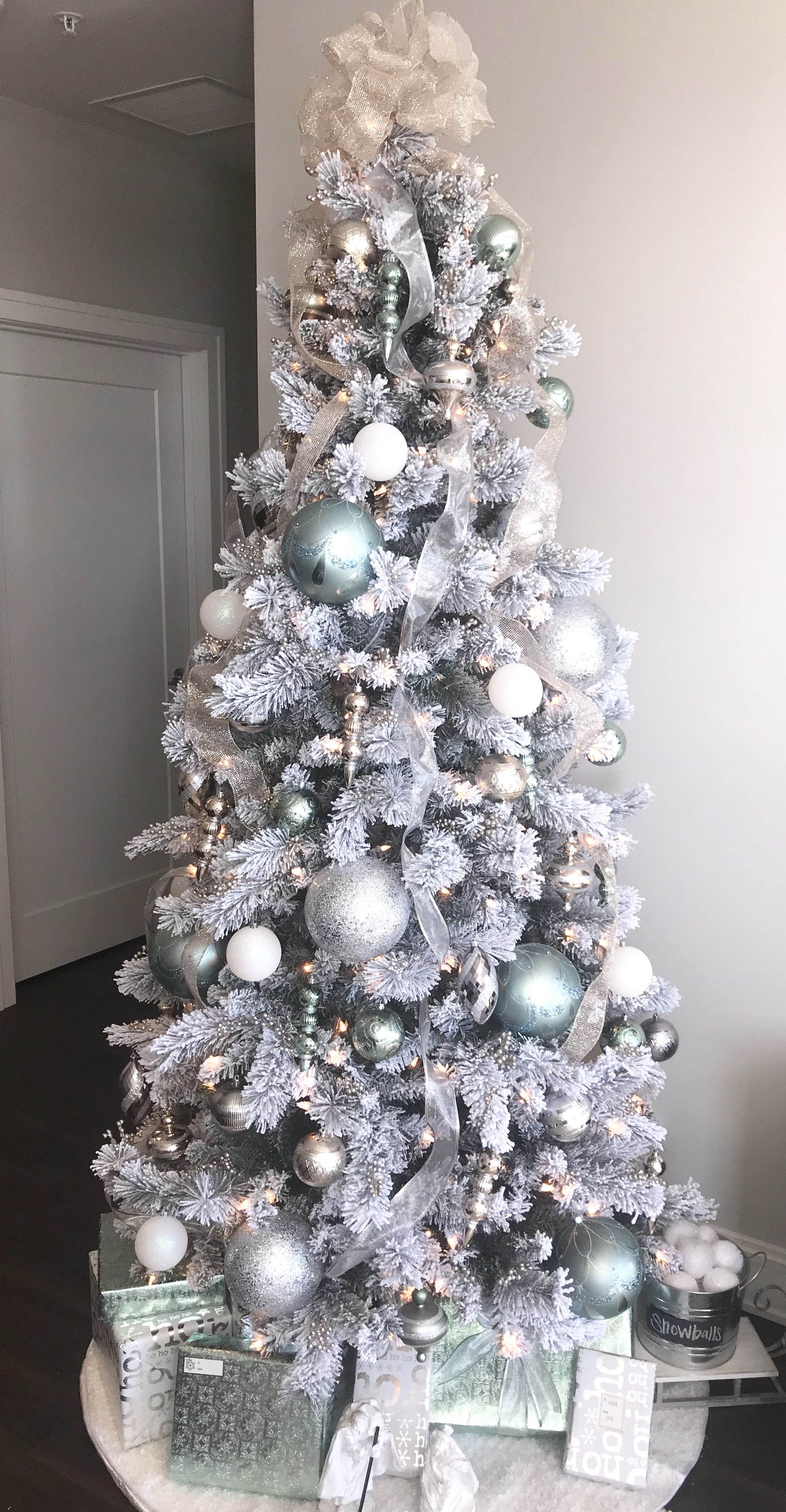 White Gold Silver And Mint Green Christmas Tree Decorations Green Christmas Tree Decorations Green Christmas Tree Silver Christmas Tree Decorations