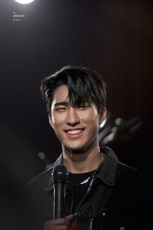 Fy Onewe Harin In 2020 Boy Groups Kpop Idol Korean Boy Bands