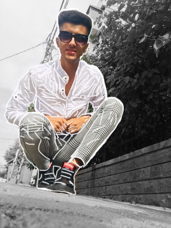 شباب حلوين للتصميم شباب عراقيين شباب كشخه Cartoon Wallpaper Iphone Cartoon Wallpaper Athletic Jacket