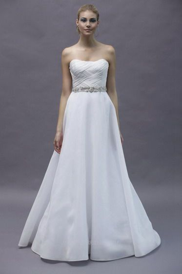 Rivini Bridal Gown Style - Amore | Wedding | Pinterest | Bridal gown ...