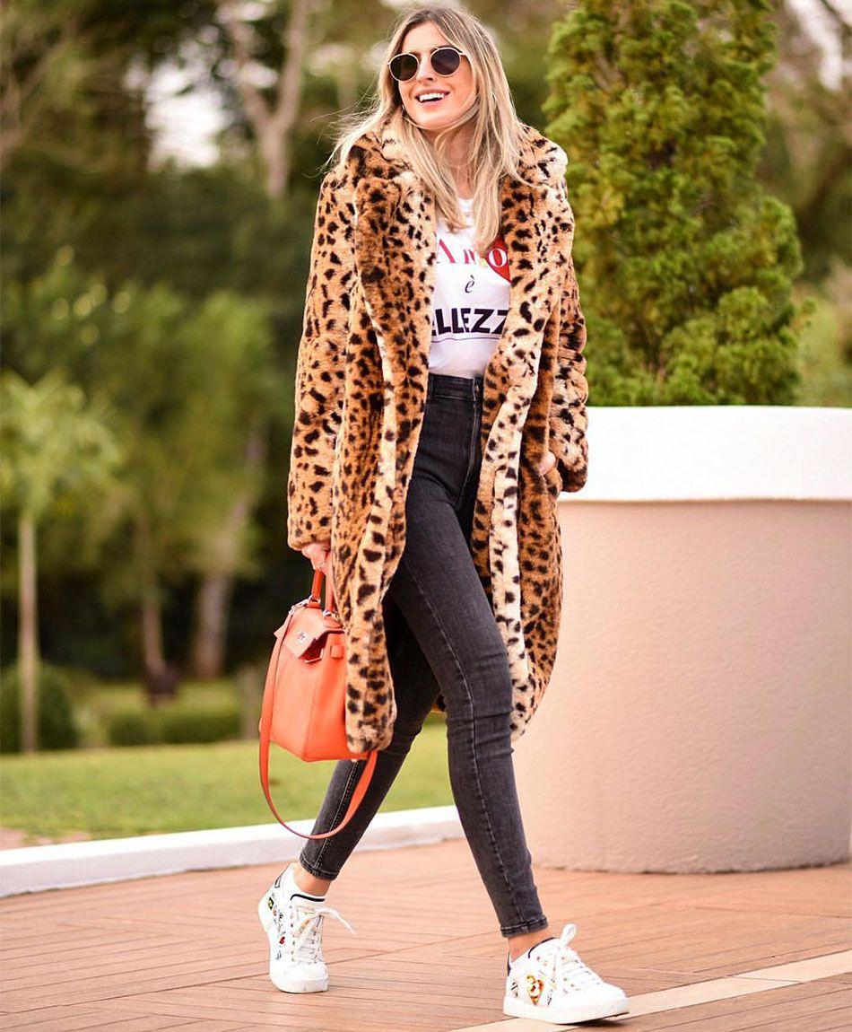 Смотреть Леопардовые пальто и шубы. Примеры на модных блогерах видео