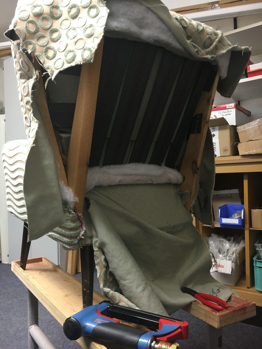 Aus alt mach neu sessel aus den 50er jahren w hrend der for Sessel aus den 50er jahren