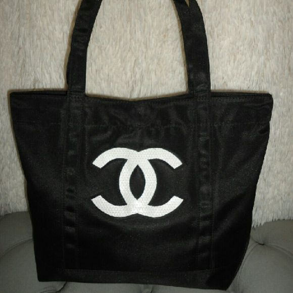 a4b314d31ddd Chanel logo tote bag Authentic Chanel precision line tote bag. Given as a VIP  gift for Chanel customers. Nylon material CHANEL Bags Totes