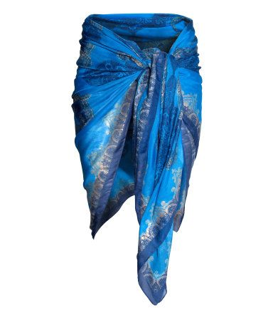H&M Patterned sarong 2990 Ft