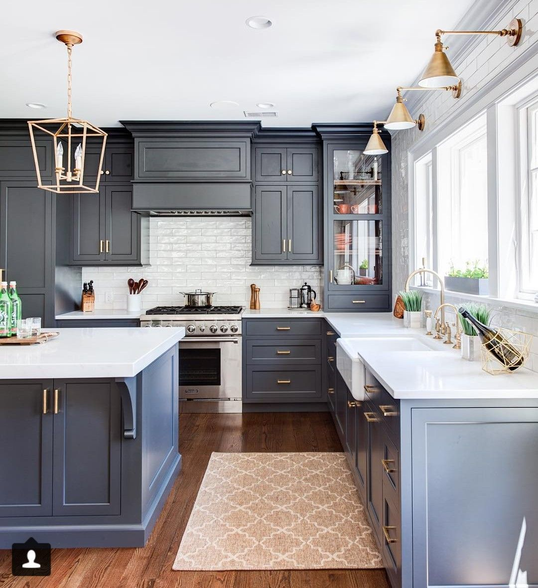 I M Loving The Look Of Taking The Upper Cabinets All The Way Down To The Counter Top In Areas Where Kitchen Remodel Layout Kitchen Interior Home Decor Kitchen