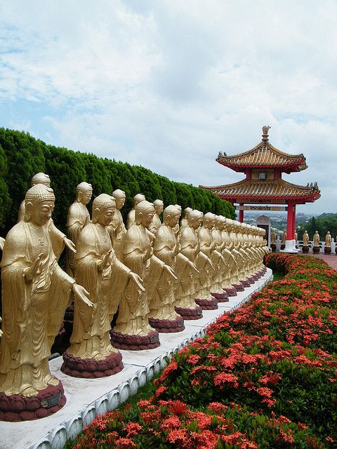 by lgloudeman on Flickr.  Great Buddha Land, Fo Guang Shan temple in Gaoxiong, Taiwan.