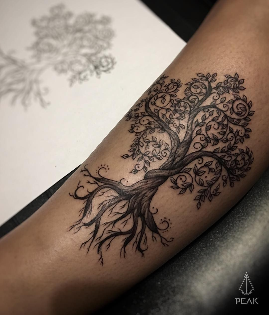 "Gerald Ramos Art on Instagram: ""Tree of Life… blackandgrey with @peakneedles and Recovery Account… –   – #apeakneedles #arecoverya #Art #beautif"