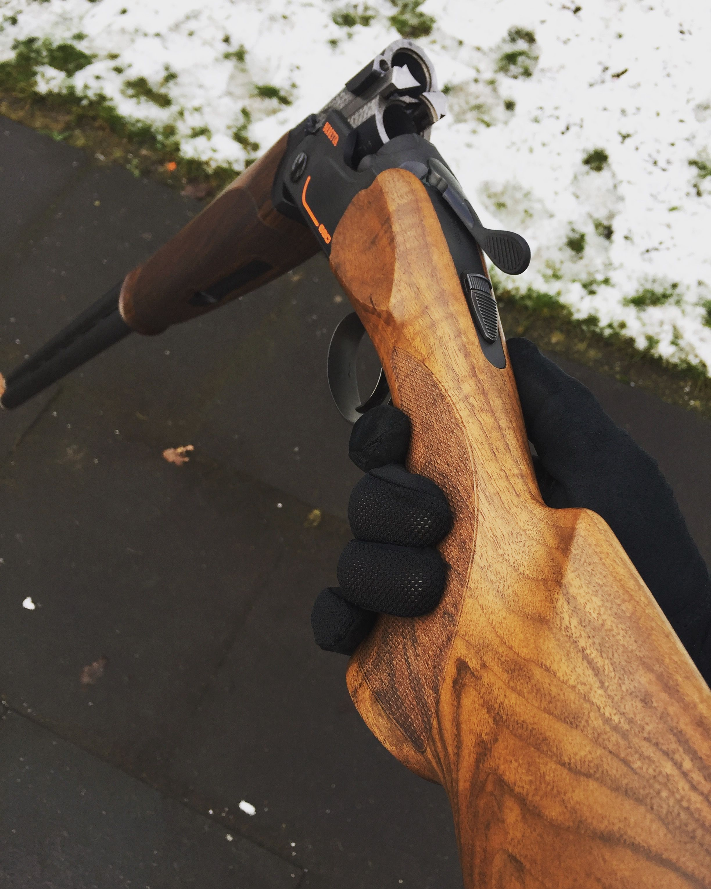 Beretta 690 Sporting Black over under barrel