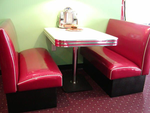 instead of the traditional breakfast nook Soda Fountain Diner Booth : Retro, Diner, Restaurant