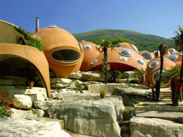 Bubble houses in France