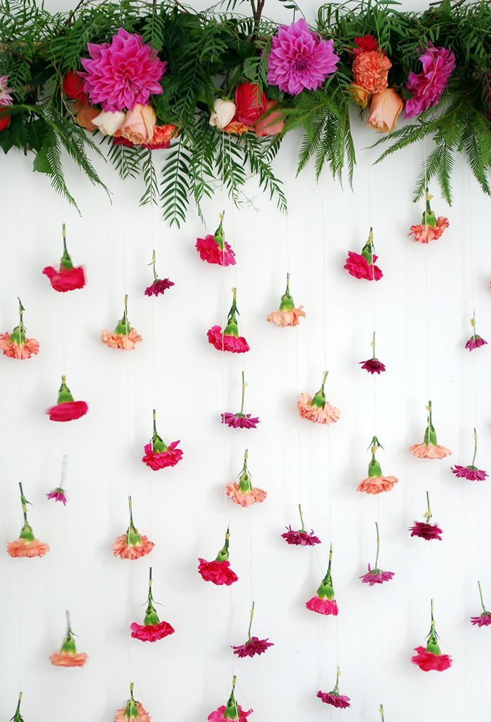 Tutorial How To Make A Fresh Flower Garland We Are Scout Flower Garland Diy Flower Garland Backdrop Small Garden Party Ideas
