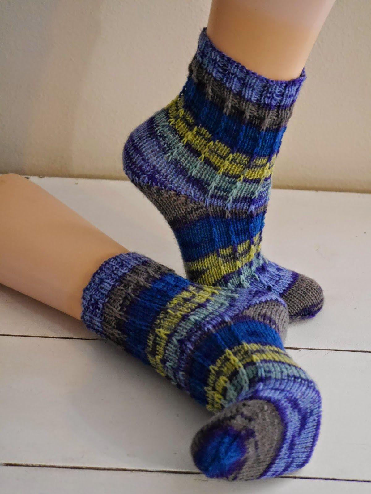 Socken (Bild) | Handarbeit: Stricken | Pinterest | Stulpen, Stricken ...