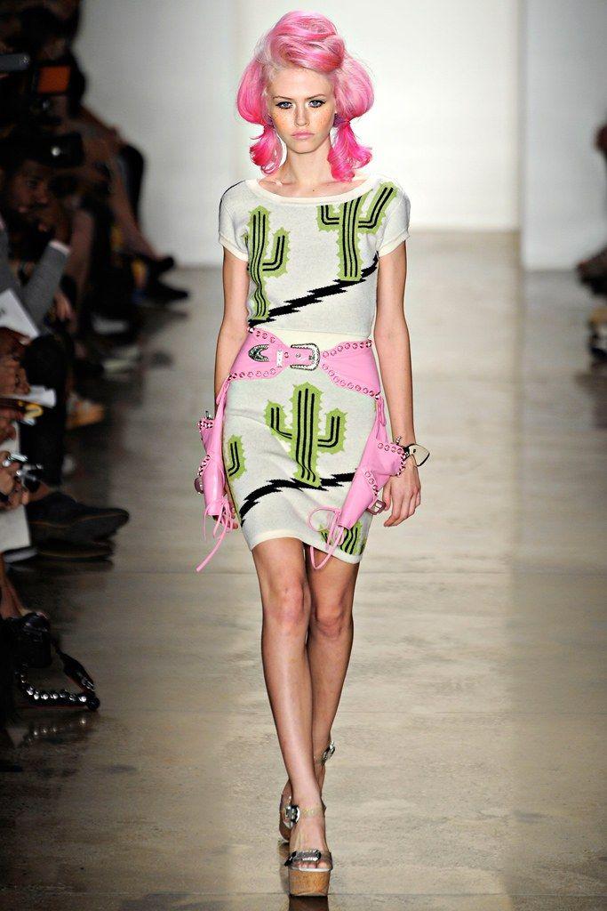 Jeremy Scott Spring 2012 Ready-to-Wear Fashion Show - Charlotte Free
