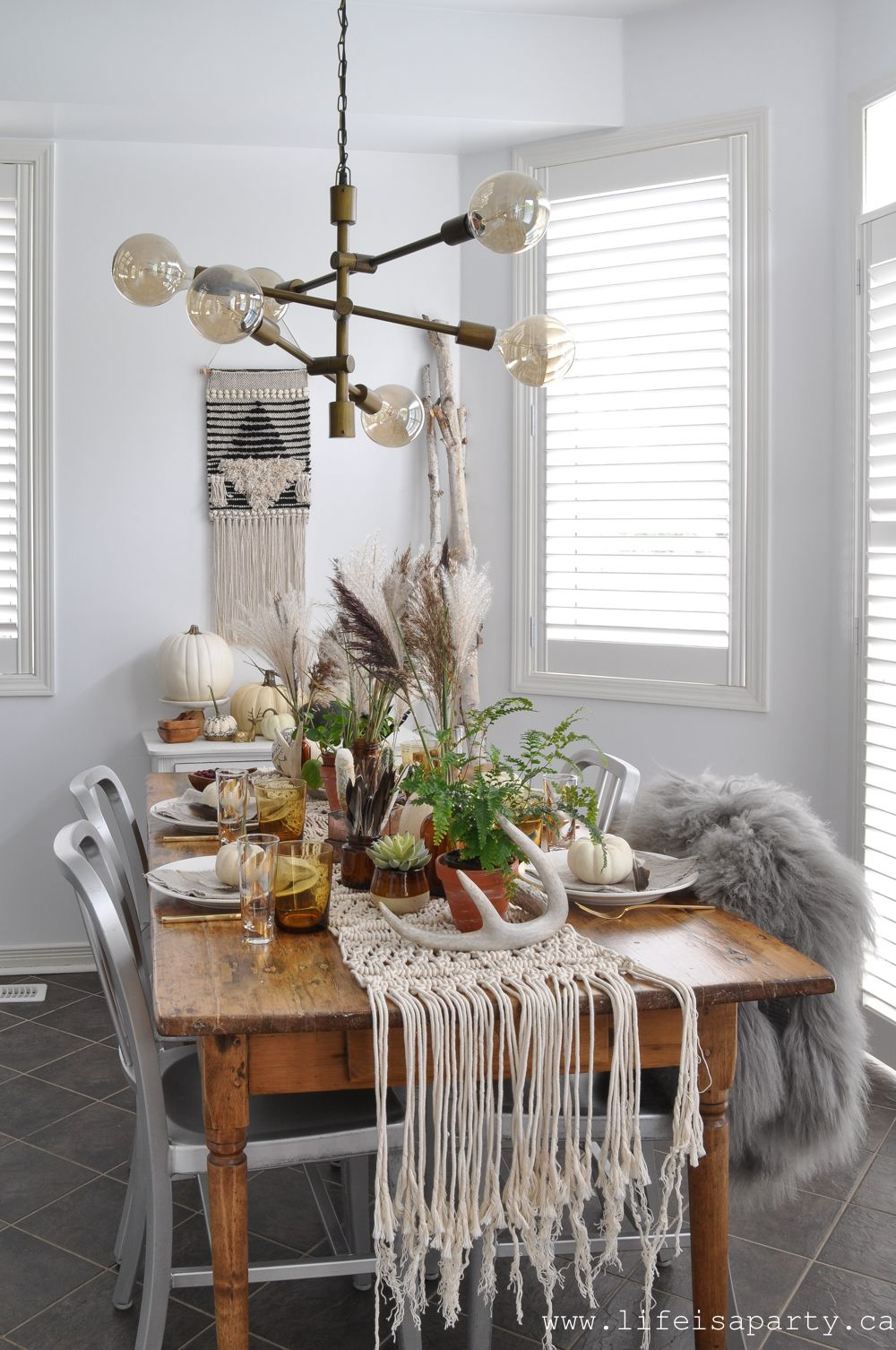 elements of boho style for a boho thanksgiving table thanksgiving table table decorations table on boho chic kitchen table decor id=15161
