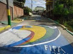 ruas enfeitadas para a copa 2014 - Pesquisa Google