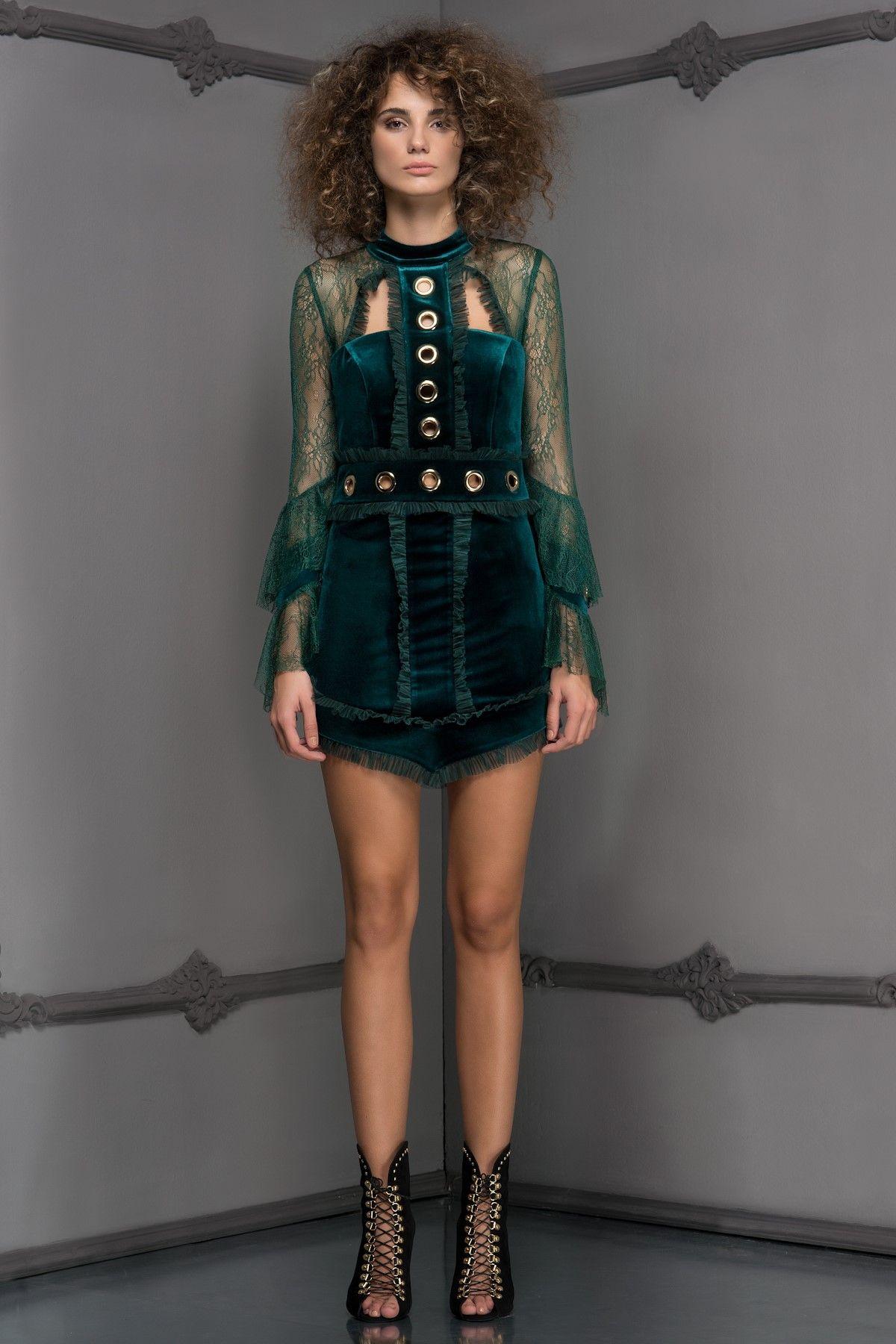 Gwen Yesil Elbise Mlwaw17de6991 Raisa Vanessa For Trendyol Trendyol Elbise Moda Stilleri Genc Modasi