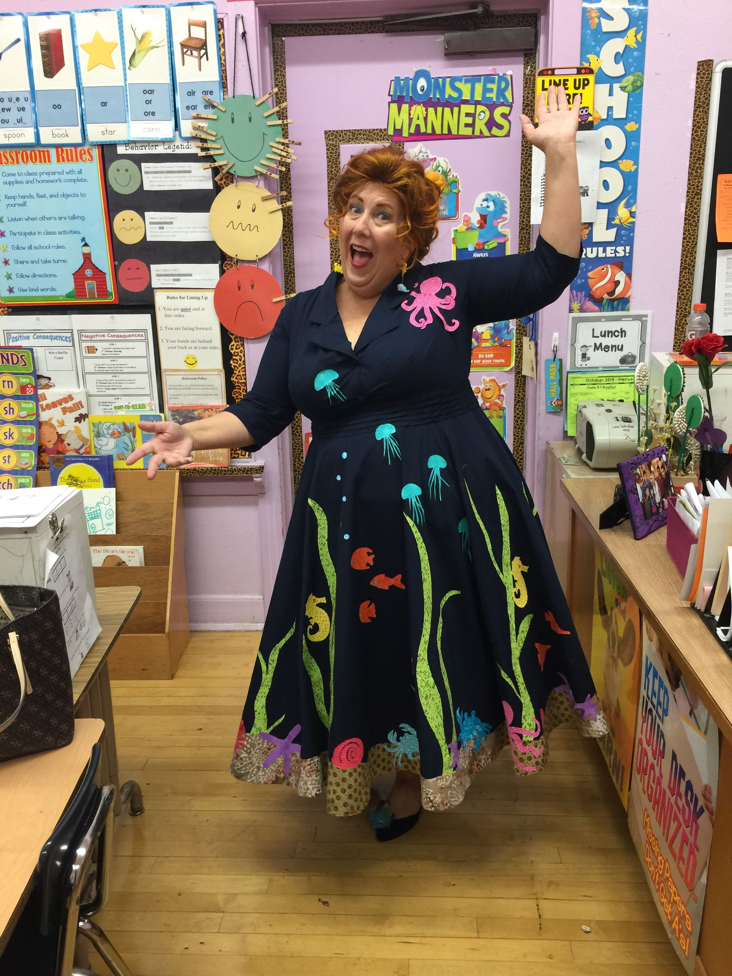 ms frizzle costume for halloween on the ocean floor