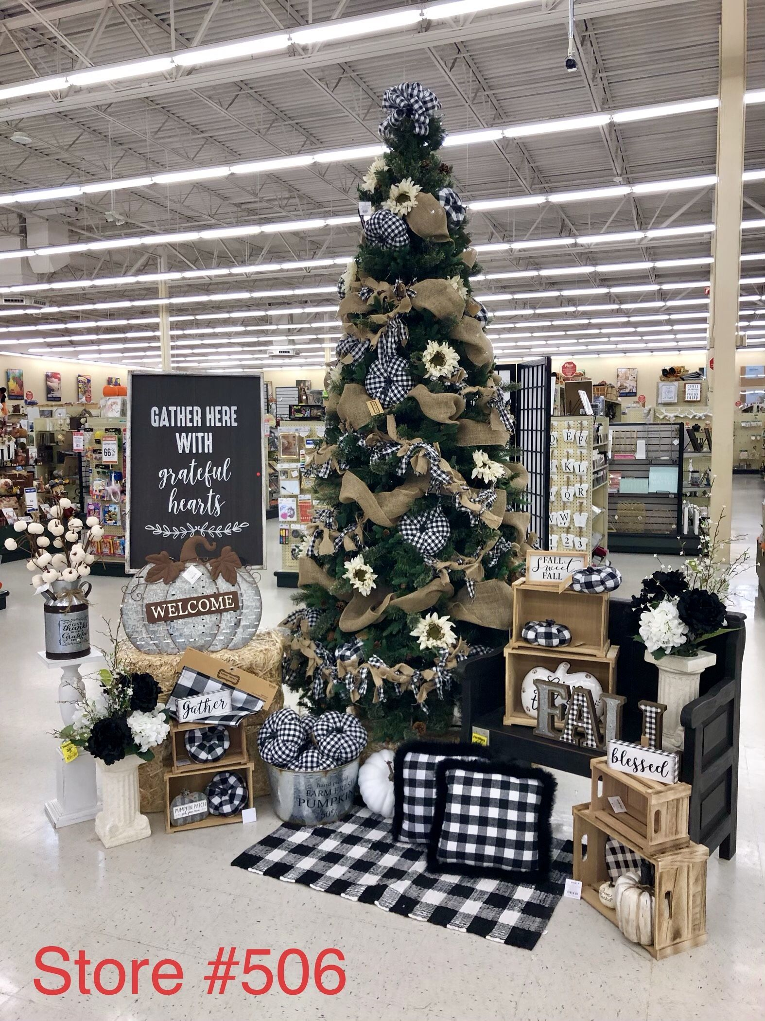 Pin by Paige Garrett on crafts | Hobby lobby christmas ...