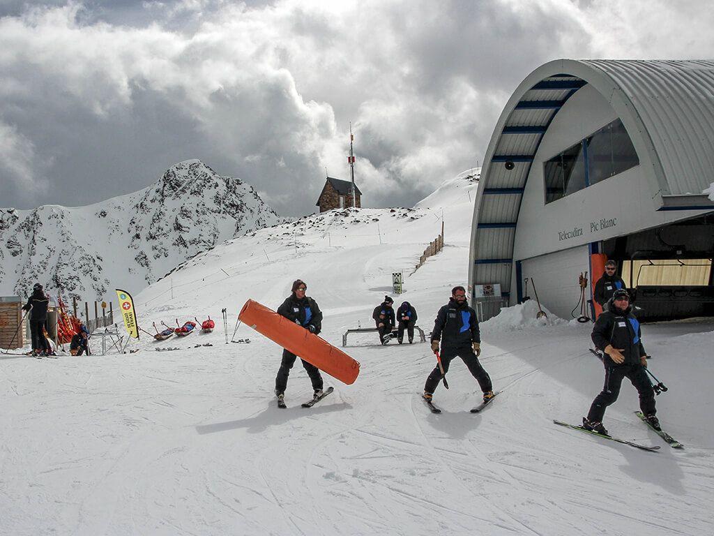 Estación De Esquí De Grandvalira Viajar A Andorra Viajar A Andorra Viaje A Europa Andorra