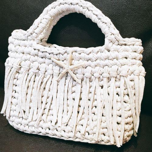 82faba120d24 3時間で編めるTシャツヤーンのバッグの作り方|編み物|編み物・手芸・ソーイング|ハンドメイド・手芸レシピならアトリエ