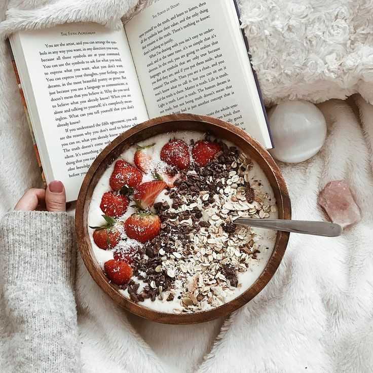 breakfast in bed #breakfast yummy breakfast! us popcherryau for more food inspo muesli bowl // strawberries // healthy // breakfast in bed