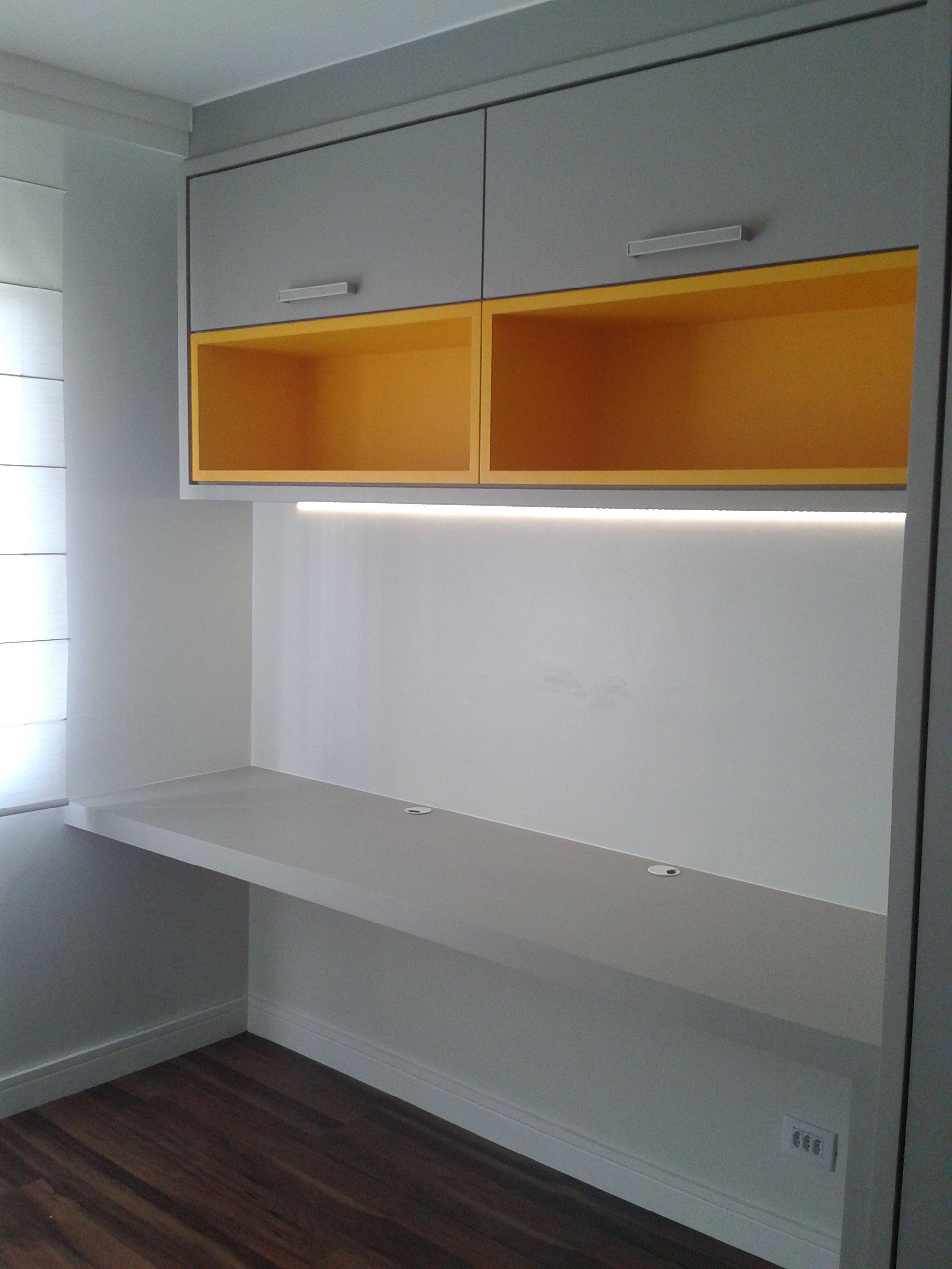 mdf beton masisa pintura em laca amarela,iluminação fita de leds ...