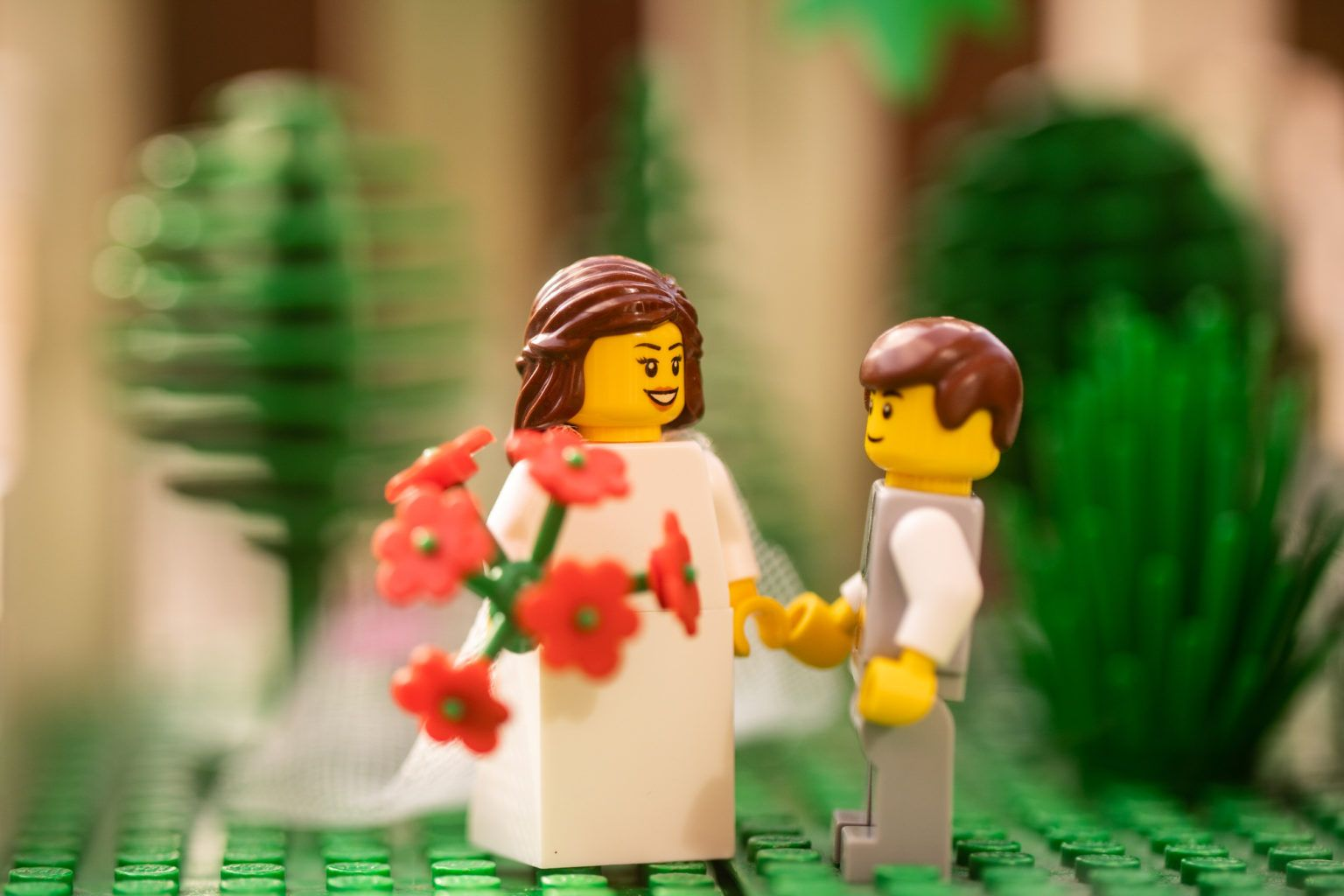 Chris Wallace i sesja ślubna pary klocków Lego PLN