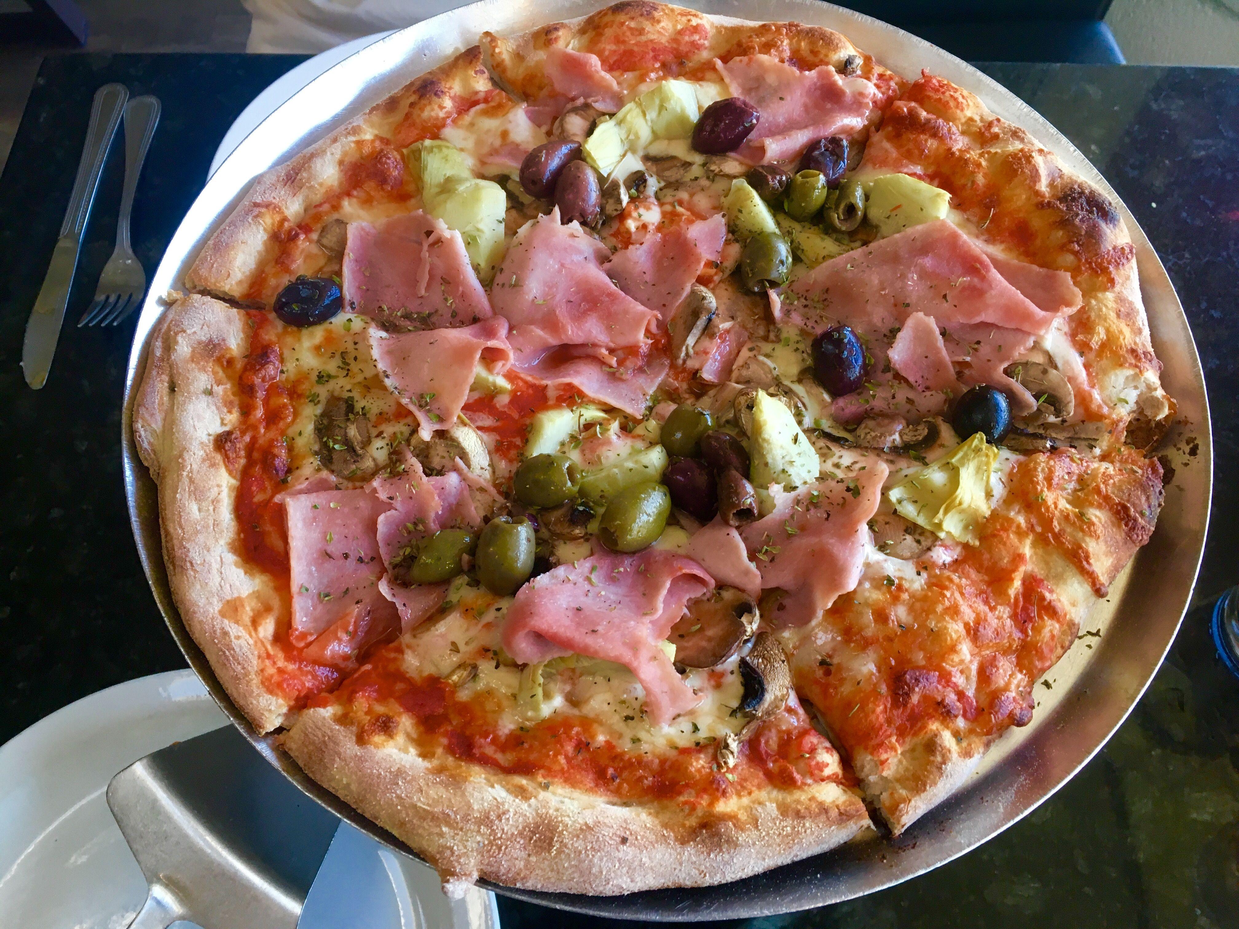 Great Italian Style Pizza At Venezia In St Armand S Circle Sarasota