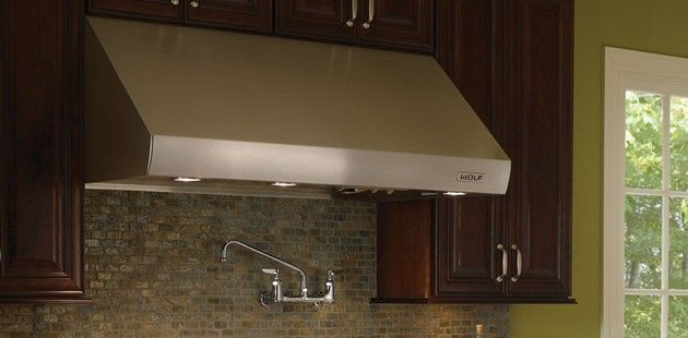 Pro Wall Hoods Wolf Appliances 22 Pw362210 I 24 Pw362418 And 27 Depths Pw362718 Kitchen Ventilation Wolf Appliances Kitchen Plans