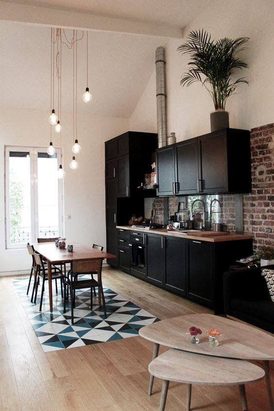 Cuisine ouverte noire Intérieur Pinterest Kitchen unit - mur en bois interieur