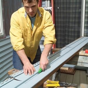 How to Install Vinyl Siding #familyhandymanstuff