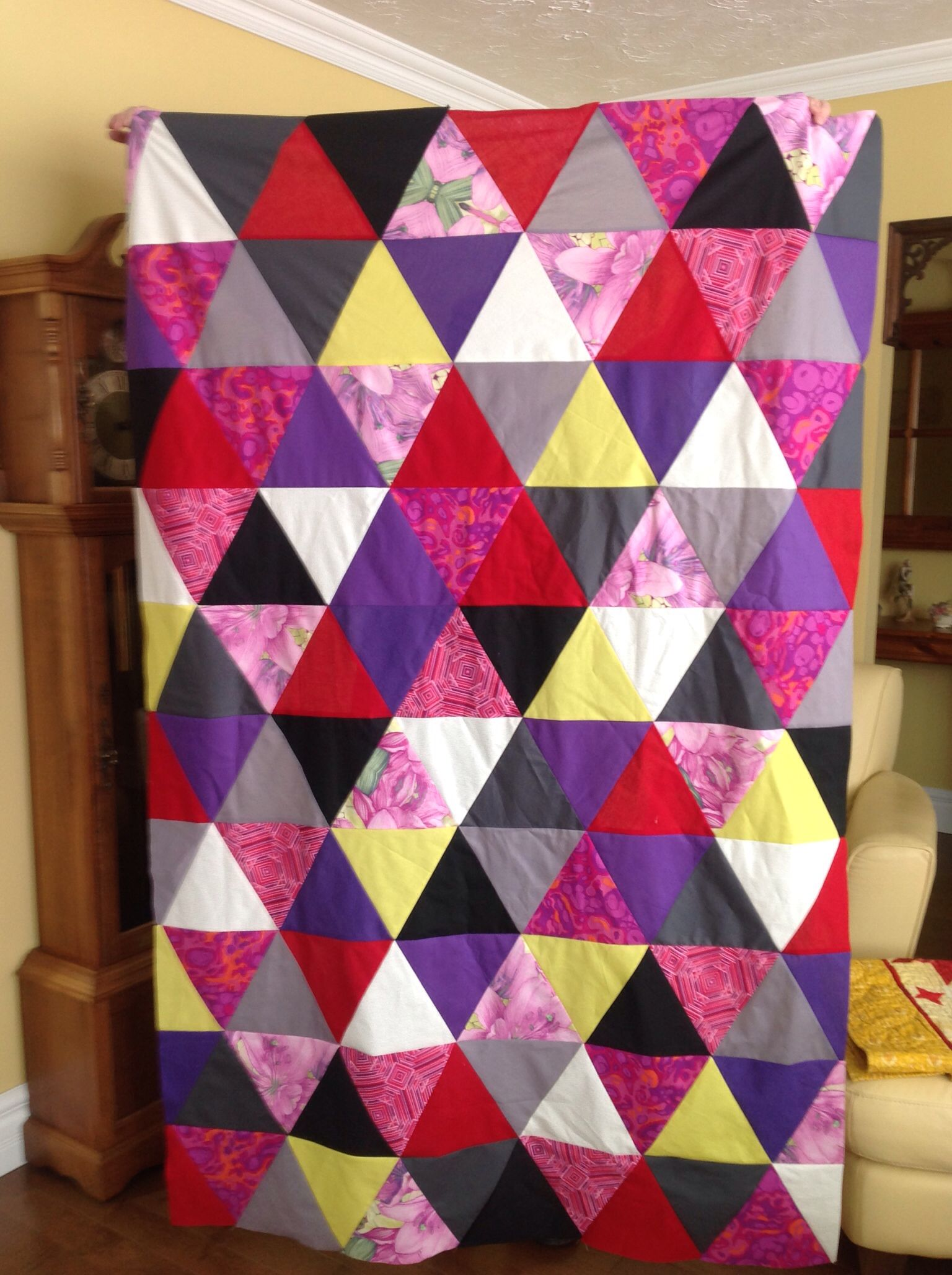 60 degree triangle quiltby cora quilts pinterest