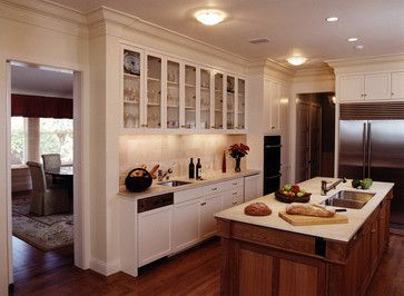 Serving Area That Flows Into Wall Of Cabinets Kitchen Cabinets Decor Kitchen Cabinet Styles White Kitchen Design