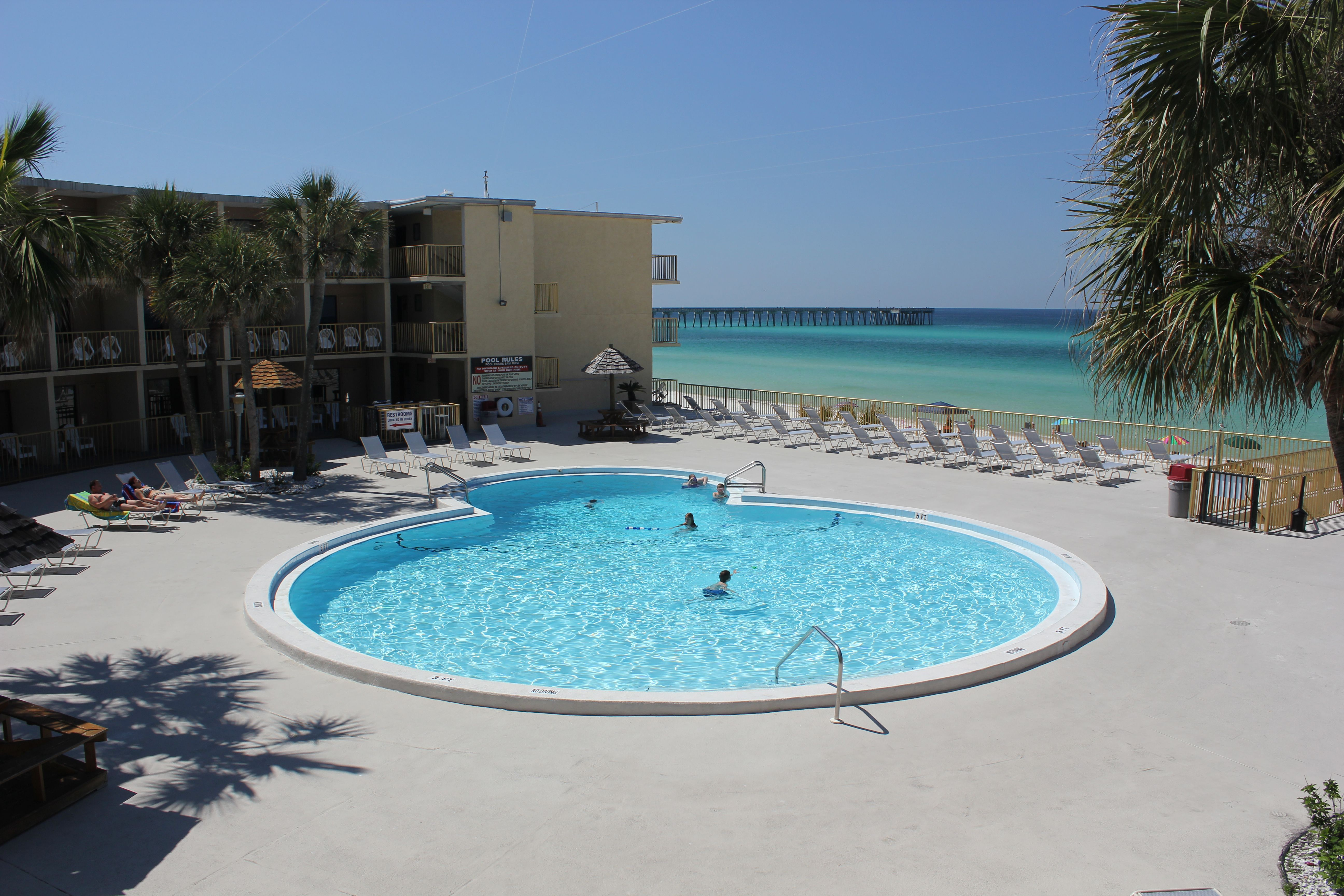 The Chateau At By The Sea Resorts Panama City Beach Hotels With Images Panama City Beach Hotels Panama City Panama Sea Resort