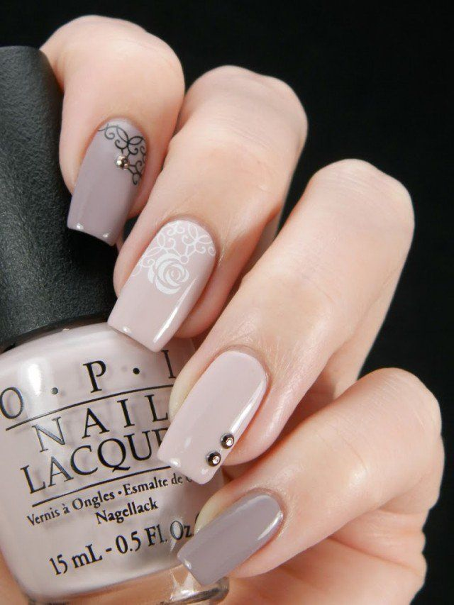 beige-nails-with-white-flowers via More - 18 Beige Nails For Your Next Manicure Fingernail Art Nails, Nail