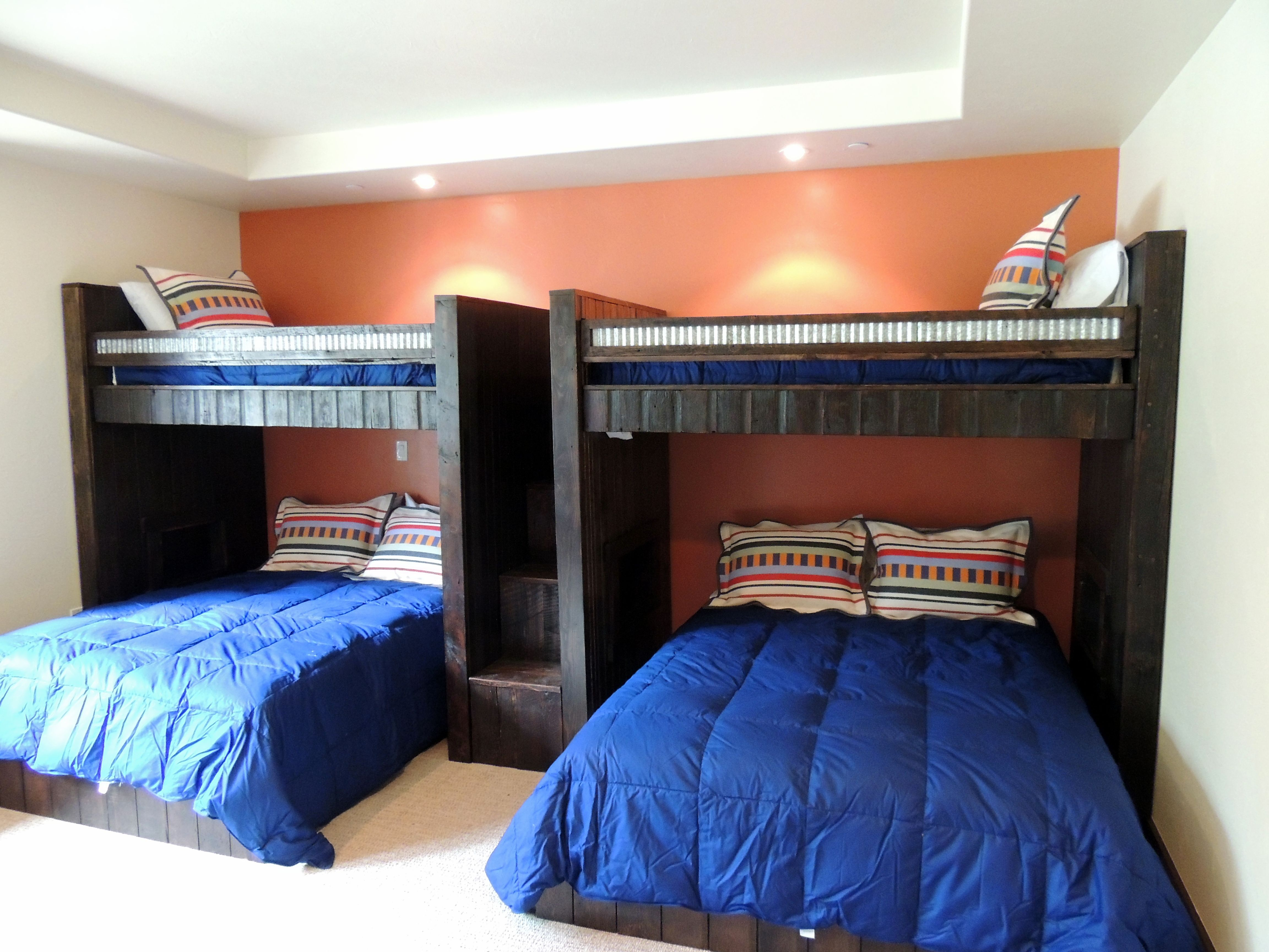 Custom bunk beds twin lofts over queen platform beds 2 twin beds make a queen