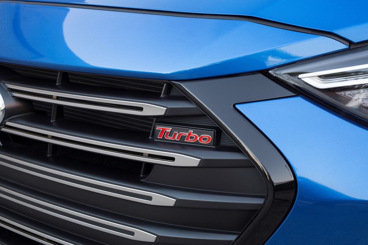 Preview 2017 Hyundai Elantra Sport TestDriven.TV