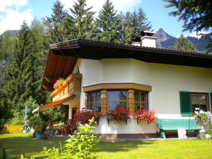 Haus Dreer Komfort FeWos Gästehaus ID 4554 in Höfen