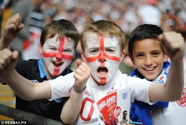 English Children With World Cup England Flag Tattoo On Face England Flag World Cup Face Tattoos