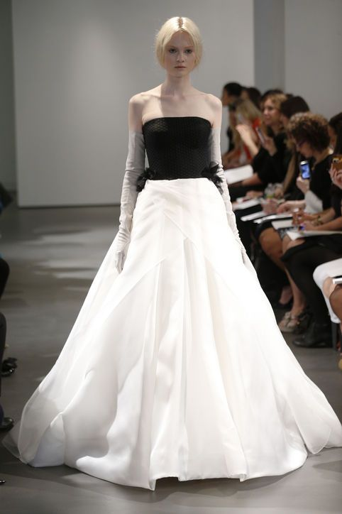 New Vera Wang Wedding Dresses Or Whats Black And White And